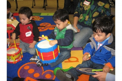 young children explore music during Lanterman's playgroup